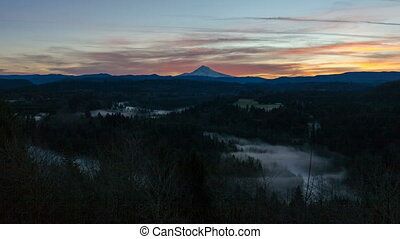 Time Lapse of Rolling Fog in Oregon - Time Lapse Movie of...