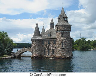 Boldt Castle on Ontario Lake with cloudy weather