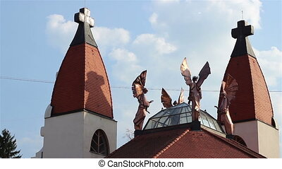 Copper Angels Timelapse - Beautiful copper statues of angels...