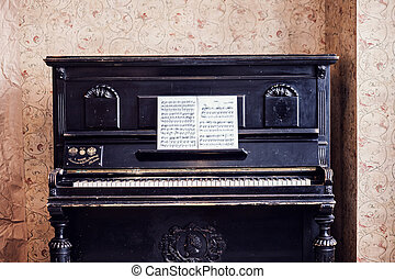 Antique Piano - Old fashioned piano