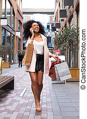 joven, mujer, con, compras, Bolsas, en, el,...