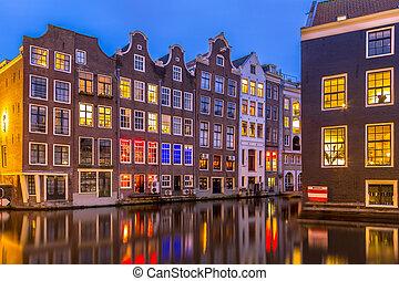 canal, casas, em, crepúsculo, Amsterdão,