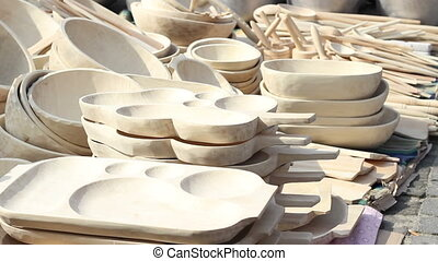 Wood Dishes - Handmade traditional wood dishes and plates of...