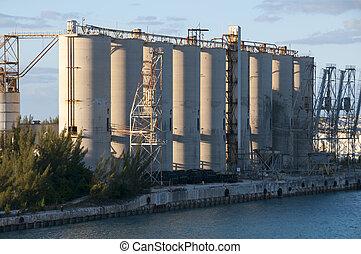 Abandon Silos - Abandoned aggregate silos along a limestone...