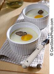 cocido al horno, huevo, con, trufa,