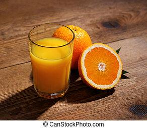 laranja, frutas, e, suco, em, vidro, ligado, madeira, fundo,...