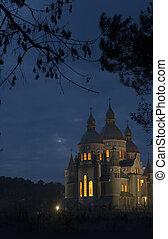 夜晚, 教堂