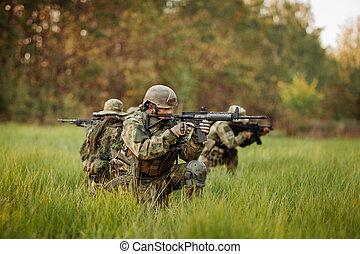 soldados, retoño, en, el, enemigo,