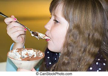 わずかしか, 食べること, 氷, 女の子, カフェ, クリーム