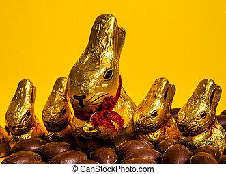 Ostern - Osterhasen und Ostereier aus Schokolade