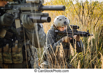 Soldier Aiming Rifle - operator Aiming Rifle
