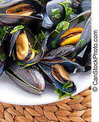 Mussels with butter and fresh herbs