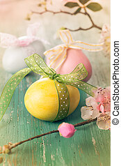 Easter eggs - Easter decoration with spring flowers and eggs...