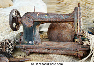 oxidado, vendimia, Costura, máquina, en, el, tabla,