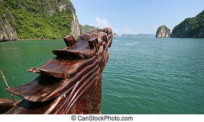 Halong Bay boat - Front of a Vietnamese junk boat sailing...
