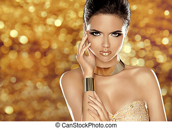 Glamorous beauty fashion girl portrait Beautiful Young Woman...
