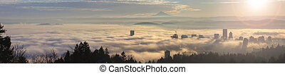 Rolling Fog Over Portland at Sunrise - Rolling Thick Fog...