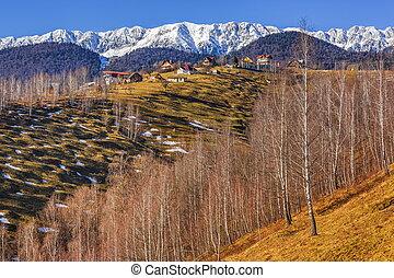 Piatra Craiului mountains, Romania - Snowy Piatra Craiului...