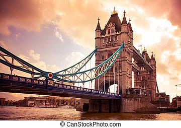 torre, Puente,