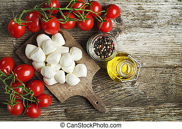 Mozzarella Cheese with Tomatoes and olive oil