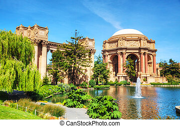 The Palace of Fine Arts in San Francisco, California