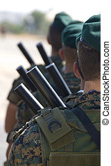 militar, soldados, uniformes, armas