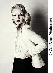 world of fashion - Fashion shot of a glamorous blonde woman....