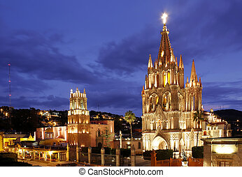 San Miguel de Allende - The La Parroquia and Templo de San...