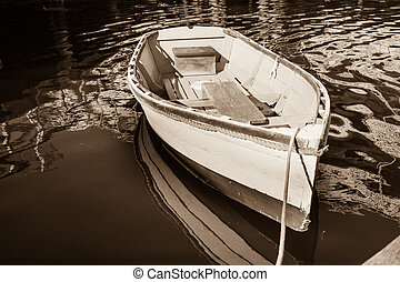 Sepia dinghy - Old style dinghy and image.