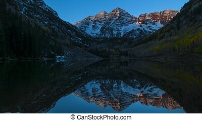 Maroon Bells Aspen Colorado - Maroon Bells Sunrise 4k...