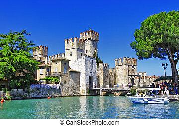 Sirmione. Lago di Garda - Scenery of Italy series