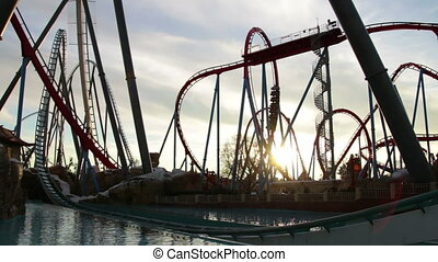 Huge Roller Coasters at the Park - Huge Roller Coasters at...