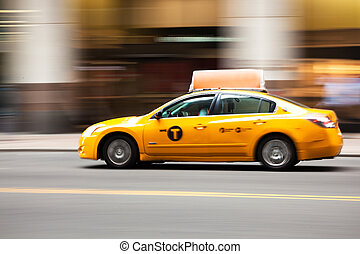 New York yellow taxi cab - Manhattan - USA - United States...
