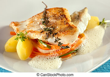 Fried pike perch fillet with vegetables. - Fried pike perch...