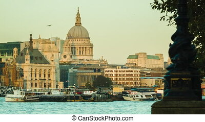 London St Pauls, late afternoon - London sunset, Golden...