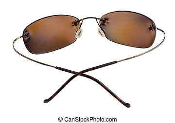 polarizing sunglasses with brown lenses - sunglasses with...