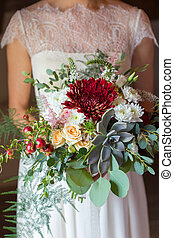 bridal bouquet with succulent - bridal bouquet disheveled...