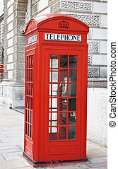 Red telephone booth in London - Famous red telephone booth...