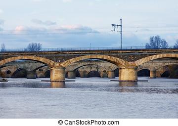 Beziers Bridge - Beziers (Herault, Languedoc-Roussillon,...