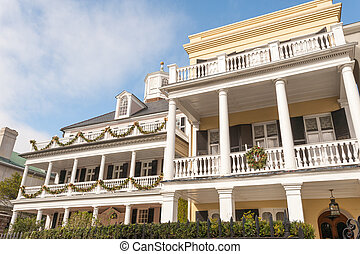 Charleston, SC - Historic houses along Battery st in...
