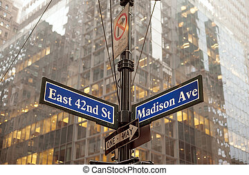 Midtown Manhattan - Corner of 42nd and Madison ave in...