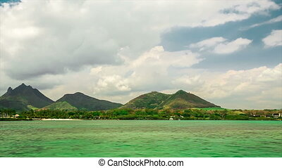sailing with motorboat to Ile aux Cerfs in mauritius -...