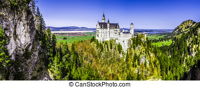 Neuschwanstein Castle Munich - Bavarian - Scenic view of...