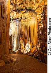 Luray Caverns- cave stalactites, stalagmites, and other...