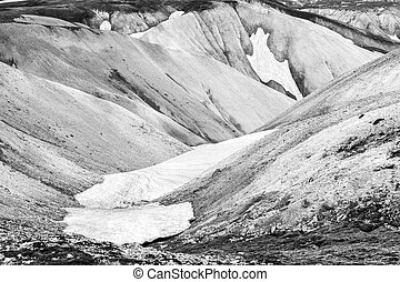 Landmannalaugar - Beautiful mountains at Landmannalaugar,...