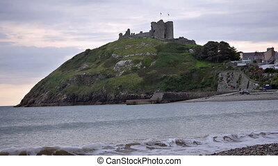 View on Criccieth Castle, North Wales - Criccieth Castle at...