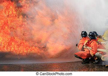 bomberos, lucha, fuego, Durante, entrenamiento,