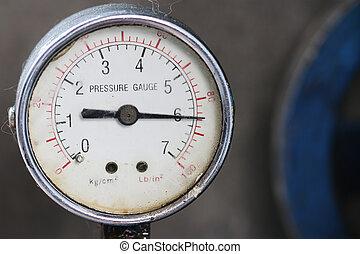 Pressure gauge - old pressure gauge