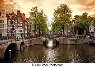 Amsterdam canals - Beautiful Amsterdam canals with typical...