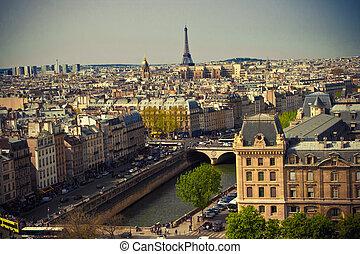 Paris - Beautiful Paris cityscape with Eiffel tower, France
